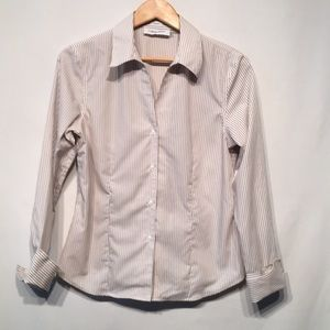 Calvin Klein Size 8 Non- Iron Button Down Blouse